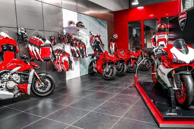 Accessoires et vêtements Ducati Lyon